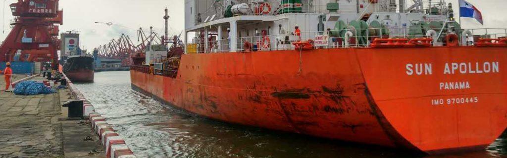 Phosphoric Acid in Bulk , shipment by tank ship